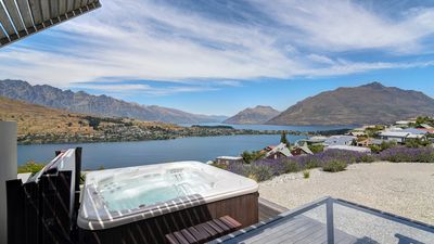 Photo for Hot tub | Amazing Queenstown views | Expansive deck