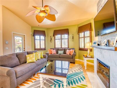 Photo for Splashing Dolphins, 3 Bedrooms, Private Pool, Pet Friendly, WiFi, Sleeps 9