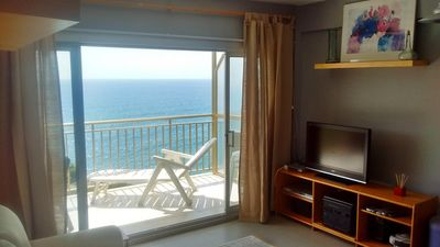 Photo for Spectacular apartment overlooking the Mediterranean.