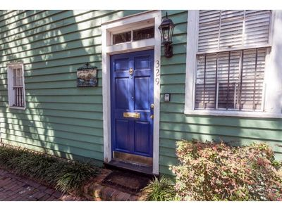 Photo for Stay with Lucky Savannah: Dog friendly cottage in the historic district