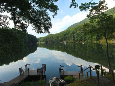 Photo for LuxeLoft406:Mountain Golf Resort,walk to amenities,private lake dock,free Wi-Fi