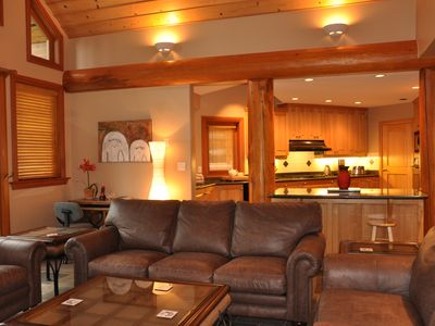 Photo for 5BR 3.5 Bath 2 Level Ski/Golf Luxury Chalet Hot Tub WiFi Mtn View Perfect Retrea