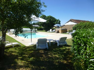 Photo for Heated pool & hot tub with free WiFi - 3/4 bedrooms, spacious open plan living