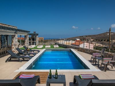 Photo for Mandy Villa with private pool near the sea