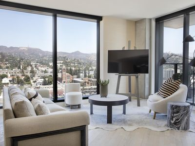 Photo for Hollywood Proper Residences - luxury 1 bedrooms serviced apartment - Travel Keys