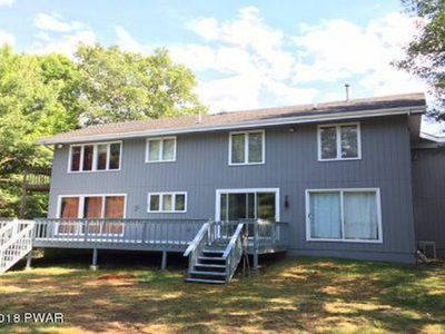Photo for TOP OF THE HILL home close to Lake Wallenpaupack