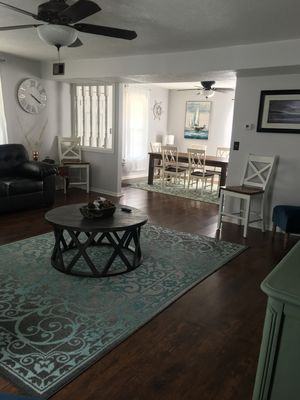 Photo for 4 Bedroom Lake Erie Vacation Home 3 blocks to the Beach !