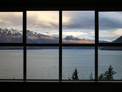 Photo for Penthouse Luxury Home with Majestic Queenstown Views, Villa Queenstown 1007