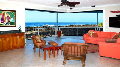 Photo for Luxury beach house with private pool and AC.  Walk to Kona town. May specials!