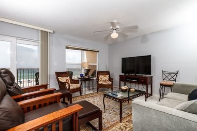 Great Living Room Space! - Upgraded and classy this two bedroom has beautiful views of the Gulf from both the family area and the dining room/kitchen areas as well!