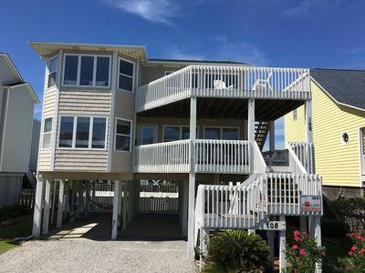 Photo for OIB Lovin' Life - Steps from the Ocean!