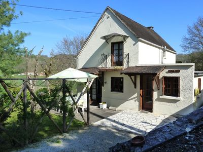 Photo for Charming Gite in the heart of the Perigord Noir