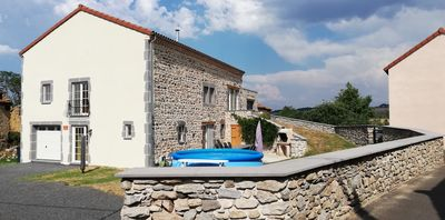 Photo for Spacious and luxurious cottage for 12 people in Espalem en auvergne