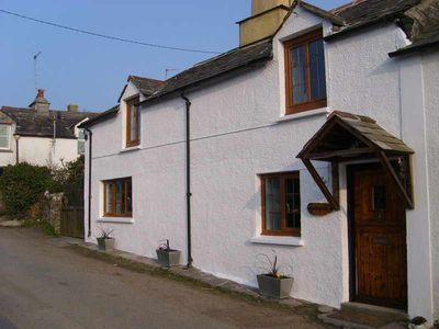 Photo for Get away from it all in this tradtional Cornish Cottage