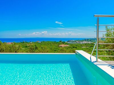 Photo for Wonderful private villa for 6 guests with private pool, WIFI, A/C, TV, balcony and parking