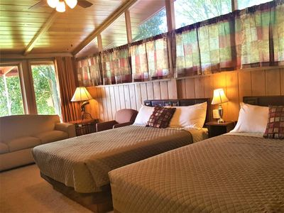 Photo for Amazing View Lakefront Cottage On Table Rock Lake, near Branson