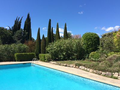 Photo for Villa with magnificent pool and tennis on the Cote d'Azur between Nice and Cannes
