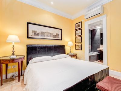 Photo for Apartment in the center of Rome with Internet, Washing machine, Air conditioning (642738)