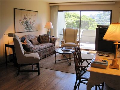 Photo for Lovely Tiburon Townhouse—Great Location Near Downtown/Water