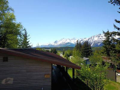 Photo for Ripinski Retreat: 2BR, Mountain View, Pet Friendly Washer/Dryer