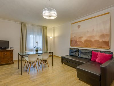 Photo for Borgo Pinti View comfortable apartment with four rooms.