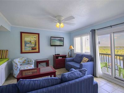 Photo for Pinnacle Port A1-940 - Gulf Front, Heated Community Pool, Abundant Activities!