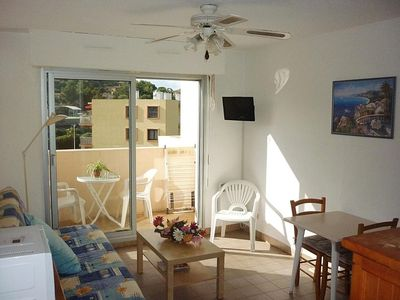 Photo for Nice air-conditioned studio for 2 people in Cavalaire sur mer 190 € / week