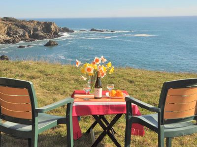 Ocean Hideaway:  Your Romantic And Private Oceanfront Retreat!  Free Wifi