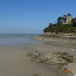 Photo for Studio 35m², 4 people, Av George V 35800 Dinard