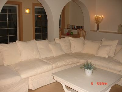 LARGE AIRCONDITIONED LOUNGE WITH 42' PLASMA TV & DVD DOORS OPEN ONTO THE SUNNY