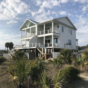 Whale of a Time - Newly Constructed Ocean Front Beach House