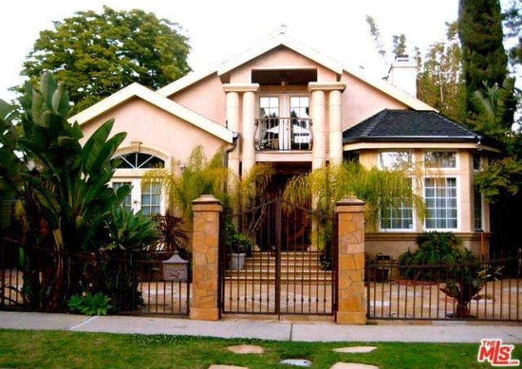 Beautiful spanish style family home vrbo for 7 bedroom house for sale in california
