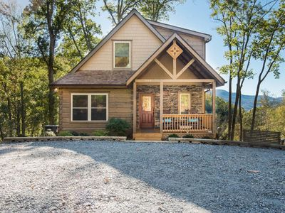 Photo for Waterfall Retreat-Asheville,Hendersonville, Lake Lure; eclectic with live waterfall, fire-pit & v...