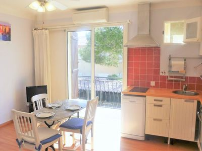 Photo for Apartment Idgil in Saint Pierre La Mer - 4 persons, 2 bedrooms