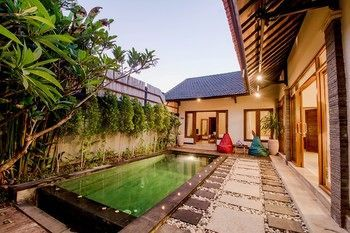 Photo for Seminyak Happy Villa