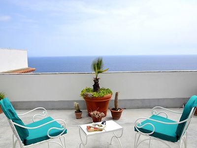 Photo for Casa Eralda: A bright and sunny apartment which faces the sun and the sea, with Free WI-FI.