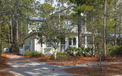 Photo for Grove by the sea home, community pools, tennis courts, 4 bikes