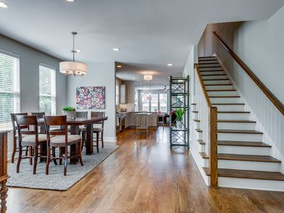 Beautiful newly constructed and furnished home in the heart of Nashville