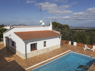 Photo for Family Villa - Pals with a private pool and panoramic sea views