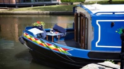 Photo for 2BR Boat Vacation Rental in Manchester, England