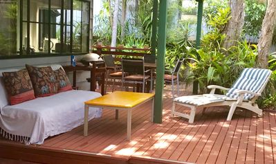 Photo for Treetops Rainforest Villa, peaceful gateway close to town, free wifi