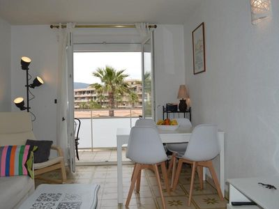 Photo for Apartment Cavalaire-sur-Mer, 1 bedroom, 4 persons