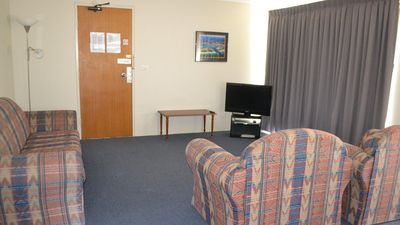 Photo for Welcome to ATOA 8 - Budget Accommodation in Tuncurry
