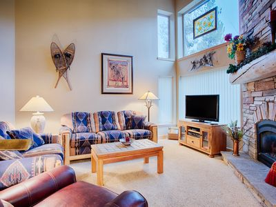 Photo for Incredibly convenient location, Garage parking, Close to lifts/Main St, Sleeps 8