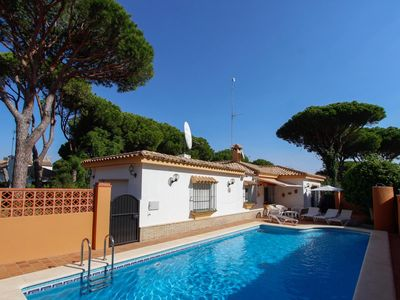 Photo for Villa Roche - Very comfortable villa with pool and beautiful garden