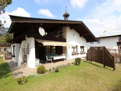 Photo for Comfortable detached house in a sunny and quiet location