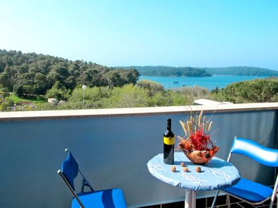 Photo for Apartment Haus Hula (PUL252) in Pula - 3 persons, 1 bedrooms
