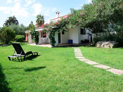 Photo for Villa surrounded by greenery in a quiet area close to all services.