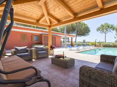 Photo for Villa with pool and SPA 2 km from the beach with 5 bedrooms and 6 bathrooms