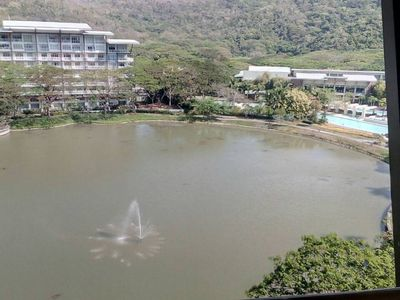 Photo for Pico de Loro Beach and Country Club Mynb20Li2br